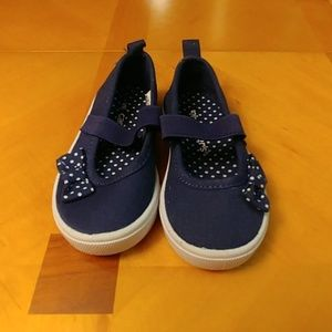 NWOT Carters toddler shoes